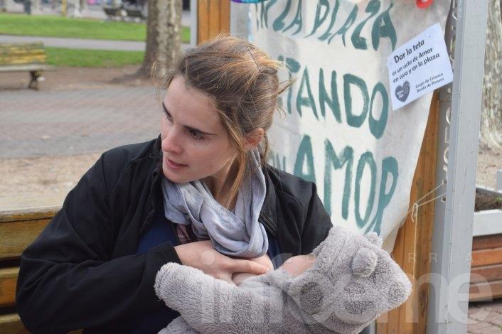"""La """"tetada"""" también se realizó en Olavarría"""
