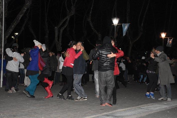 El centro de la ciudad bailó al ritmo del 2 X 4