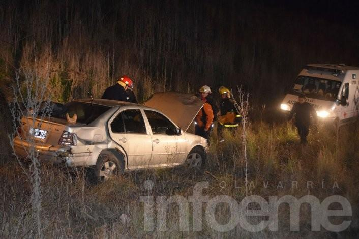 Un auto se cayó del puente de 226 y Pringles: cuatro heridos