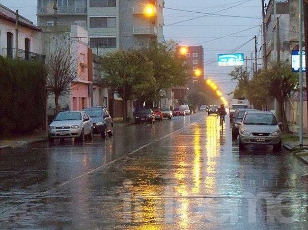 Alerta por lluvias y vientos fuertes en Olavarría