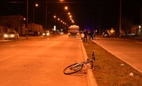 Sigue en grave estado el ciclista accidentado