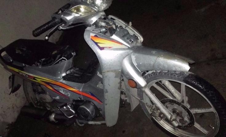 Vio por la ventana que le robaba la moto, avisó a la Policía y lo atraparon