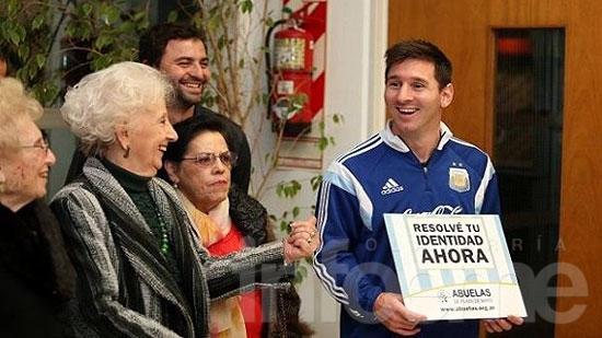 """Messi """"feliz e ilusionado"""" por la aparición de Guido"""
