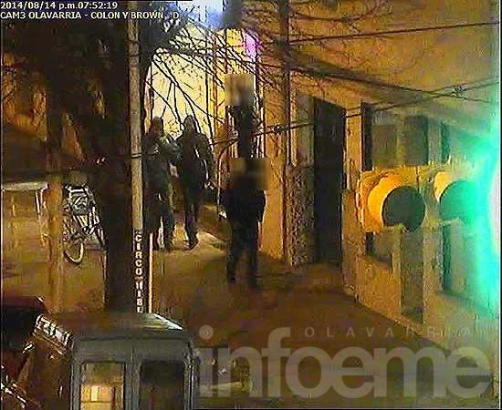 Le roban 10 mil pesos y detectan a los ladrones por las cámaras