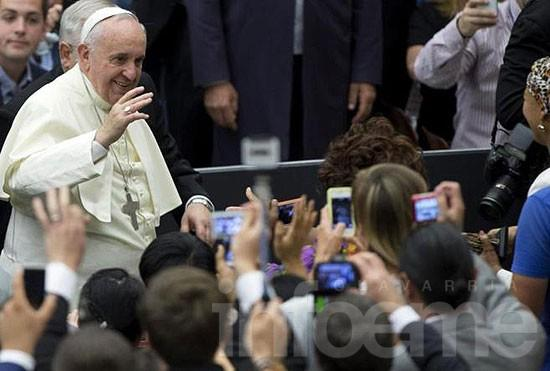 Periodista local grabó saludo del Papa Francisco para Olavarría