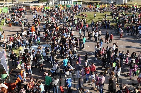 Miles de personas festejaron el Día del Niño en el CEMO