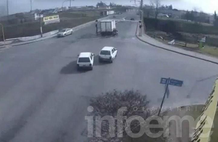 Multan al conductor que chocó el limitador de avenida Sarmiento