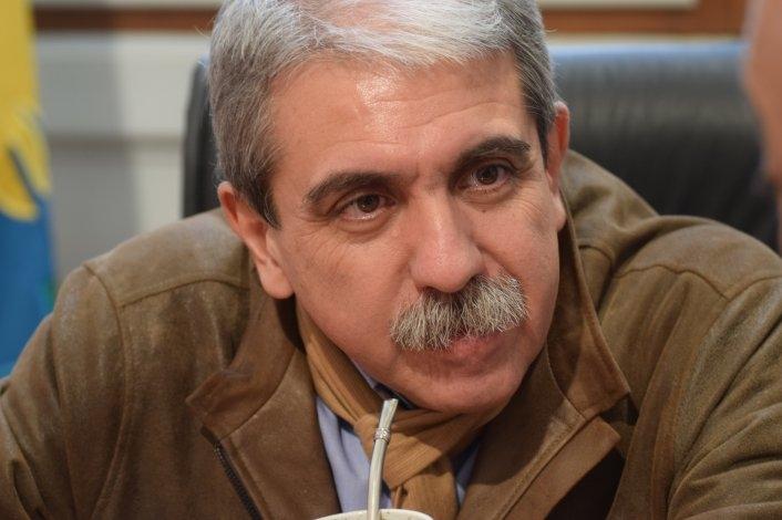 """""""La policía no tiene derecho a huelga"""" sentenció A. Fernández"""