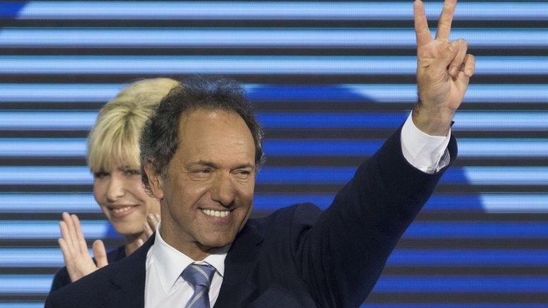 """Scioli denunció una """"campaña sucia"""" en su contra de parte de Macri"""