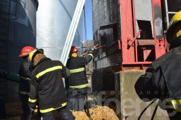 Importantes pérdidas en una cerealera por incendio de una secadora