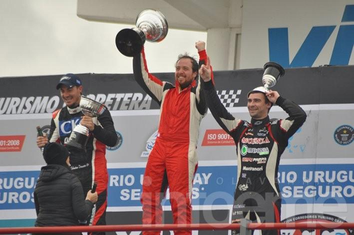 Rossi fue la gran estrella de un desafío muy especial