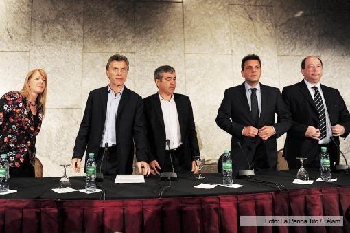 La oposición se reunió y reclamó cambios en el sistema electoral de cara a octubre