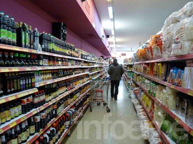 Las ventas en supermercados subieron 12,3%, según el Indec