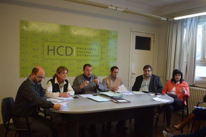 Suba de Tasas: funcionarios municipales no asistieron al HCD