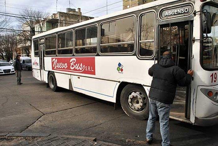 Aseguran que Nuevo Bus no respeta la tarjeta Teo a Universitarios