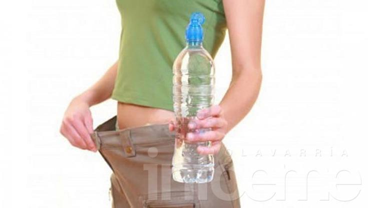 Beber agua: ¿adelgaza?