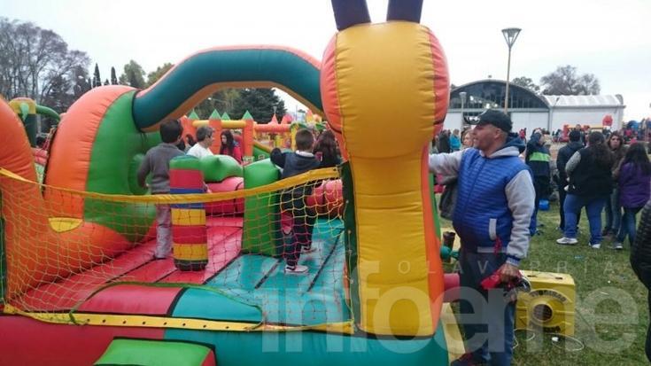 Multitudinaria  Fiesta del día del Niño en La Rural