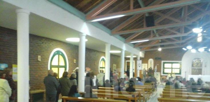 Más de mil fieles pasaron por la iglesia San Cayetano