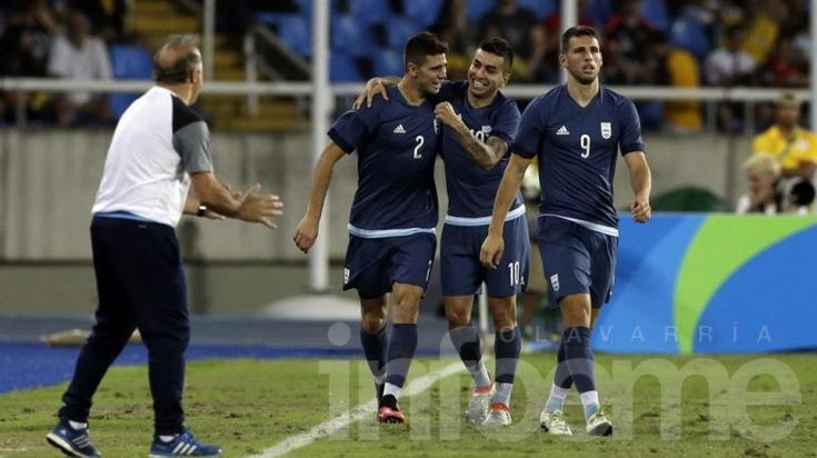 Argentina ganó con lo justo frente a Argelia