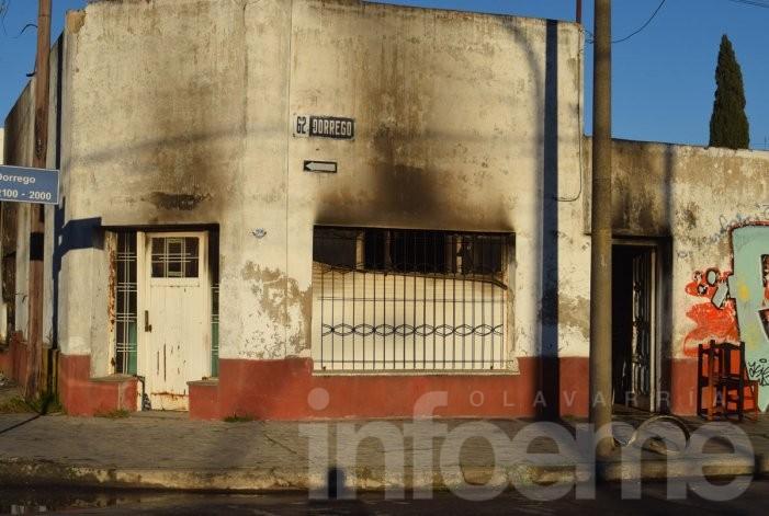 Serios daños en incendio de vivienda en Pueblo Nuevo