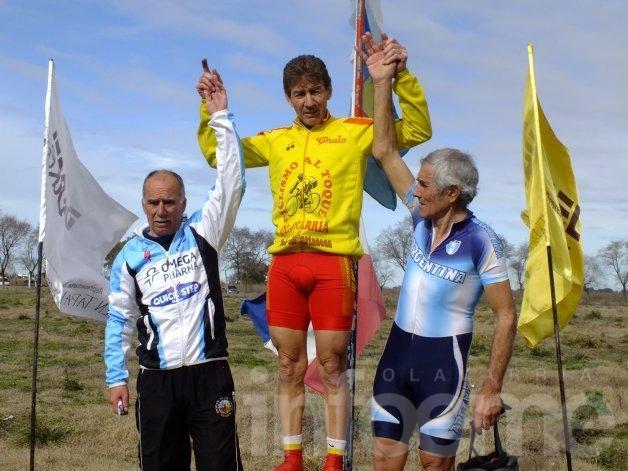 Dos días a puro ciclismo en Casares y Tapalqué