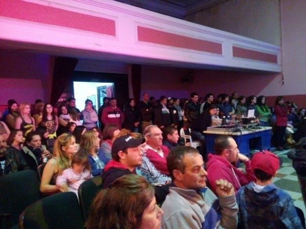 Una vez más, Sierras Bayas solidaria con una familia local