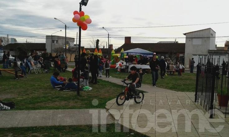 Fiesta del Día del Niño en el barrio Parque Bancario