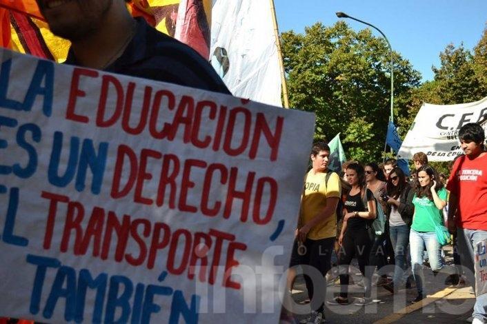 Tras la intimación de la Justicia, Vidal reglamentó el Boleto Educativo