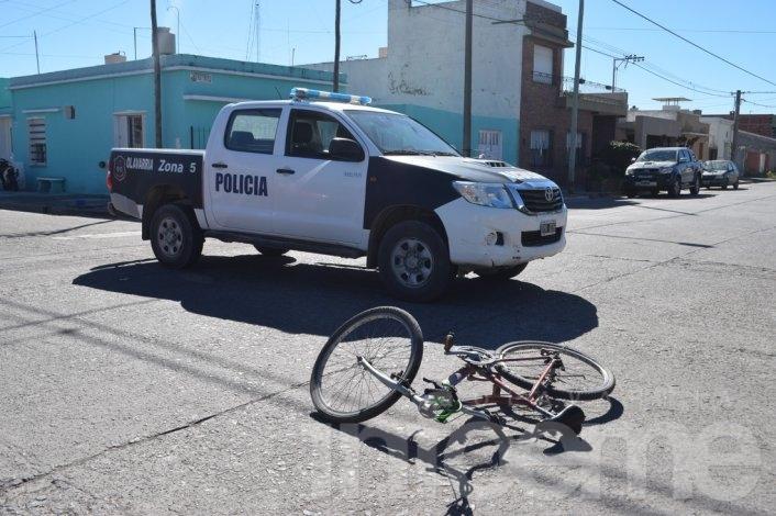 Ciclista herida en choque con un automóvil