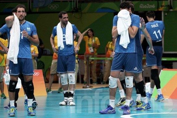 Argentina perdió con Brasil y se despidió de Río