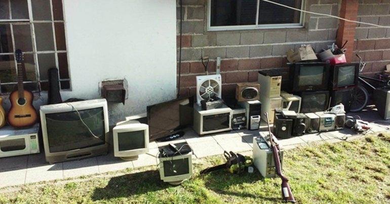 Secuestran electrodomésticos en cuatro allanamientos simultáneos
