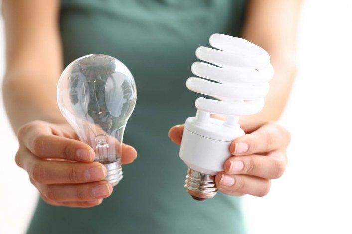 Charla a empresarios sobre el uso responsable de energía