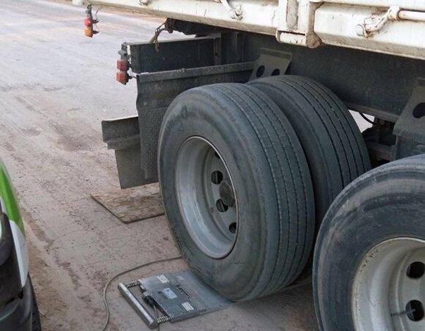 Se detectó un camión con casi el doble de carga