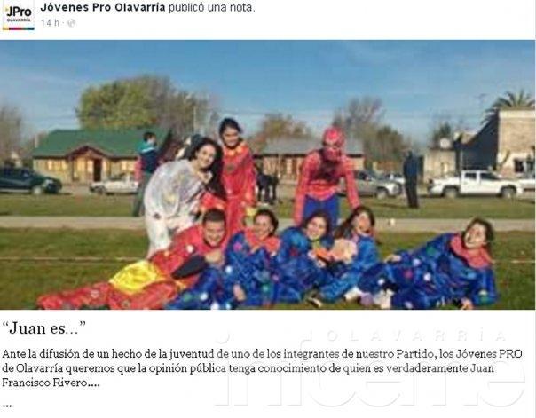 """Jóvenes Pro respaldan a Rivero: fue """"una foto adolescente"""""""