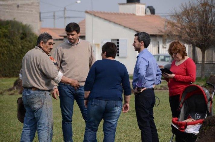 Sierra Chica: comenzó la construcción de la plaza