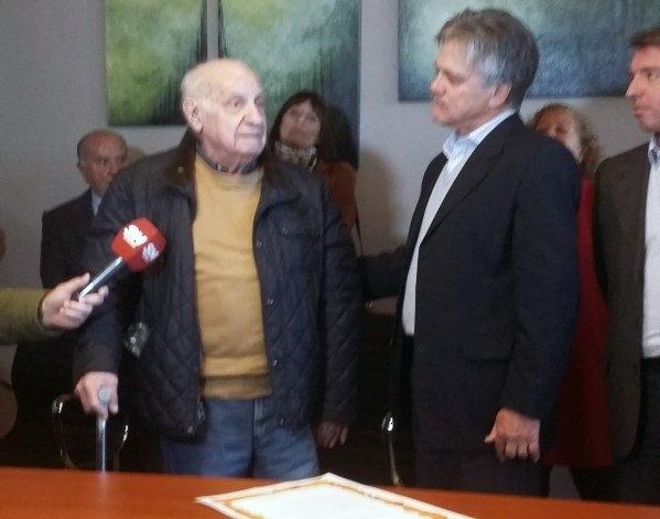 El Doctor Héctor Cura fue reconocido en Azul