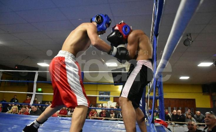Pasó otra noche repleta de boxeo en El Fortín
