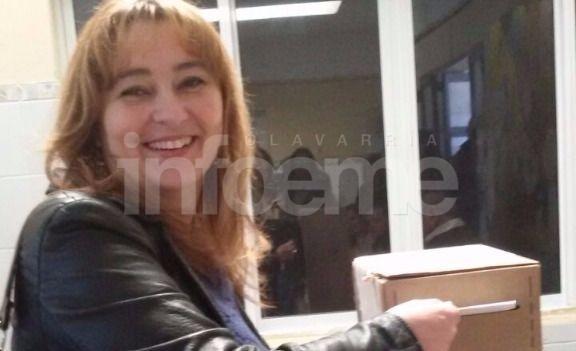 """Votó Adriana Capuano: """"Una viene con las mejores expectativas"""""""