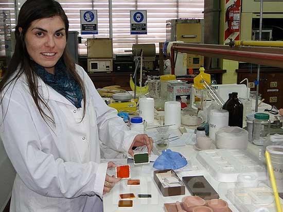 Estudian pigmentos ecológicos y menos tóxicos para colorear cerámicos