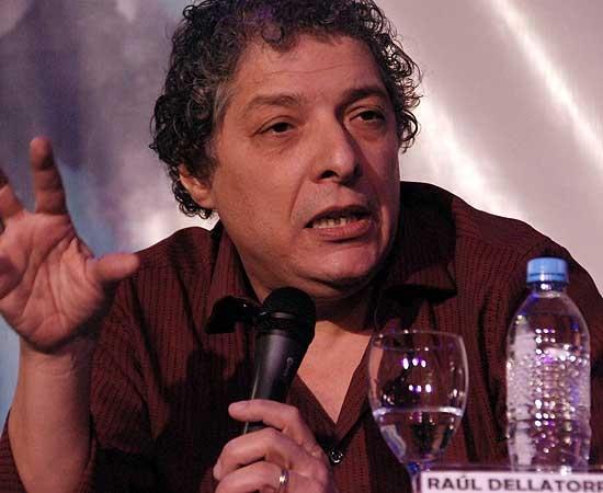 El periodista de Página 12, Raúl Dellatorre estará en Olavarría