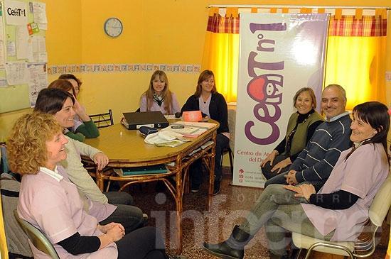 """El Ceat Nº1  recibió lo recaudado con el concierto de """"Clásica y Solidaria"""""""