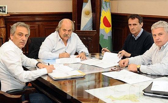 Olavarría firmó su adhesión a la Policía Local