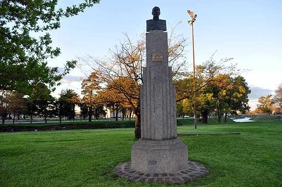 La juventud peronista quiere que se retire el busto de Uriburu