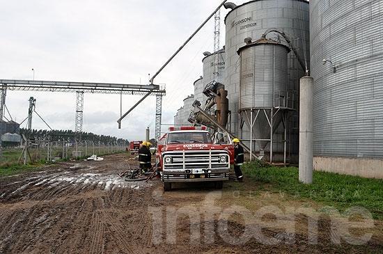 Otro incendio en la cerealera de ACA: esta vez en un silo
