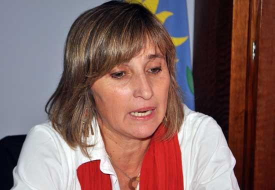 Desplazan a Gabriela Bárcena de la Distrital de Educación