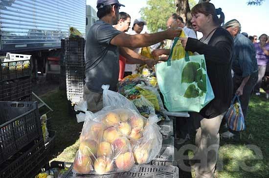 """""""Frutas para todos"""" nuevamente en Olavarría"""