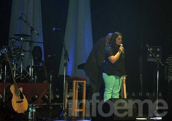 Karina Bettiga presentó su disco nuevo en un emocionante show