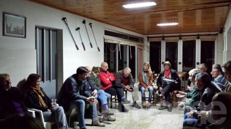 Galli se reunió con productores y recorrió barrios