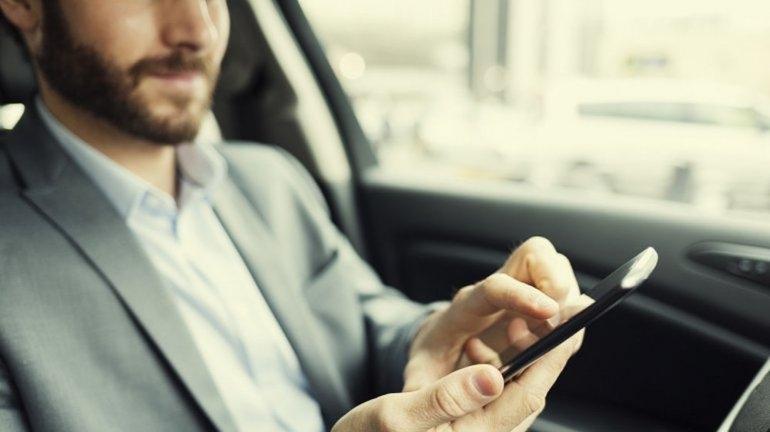 Celular al volante: ¿más peligroso que el alcohol?
