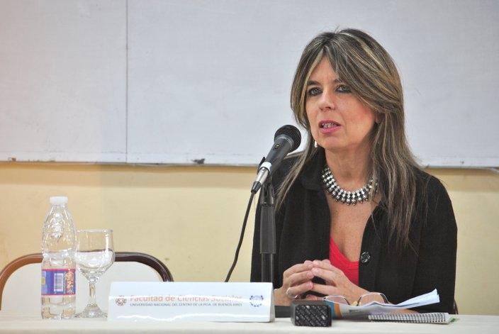 """Nora Veiras """"6,7 8 puso en pantalla un debate que se daba al interior de las facultades"""""""